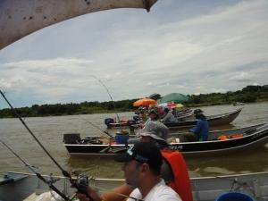 barcos pescando